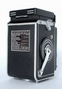Back side of the Rolleiflex 2.8B